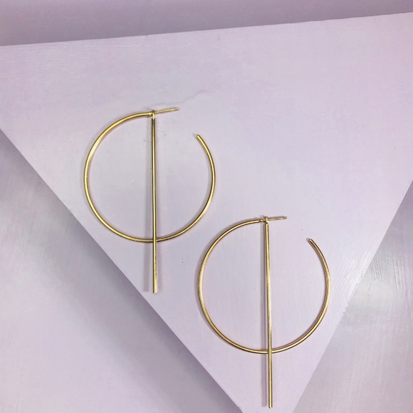 CLOSET REHAB Jewelry - Gold Hoop Earrings with Linear Drop
